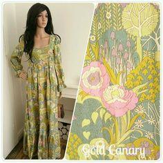 e09f75db2a6 Vintage Designer Sherman of London 60s 70s Boho Botanical Floral Prairie  Daisy Lily Wildflower Maxi Dress   UK 8 10   EU 36 38