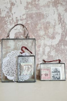 DOUBLE SIDED PICTURE FRAME. Must buy! I've been looking for these!