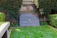 Famous Hollywood Grave Sites | Celebrity graves at Westwood Village - Pictures - Zimbio