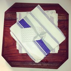 Woodworks and kitchen towels now at the ecru popup at Dar Al Funoon. Final day today until 8pm. #ecru #kitchen #wood