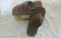 Boys shoe size 5m brown and tan lil resort sandals Maui Island brand new in box