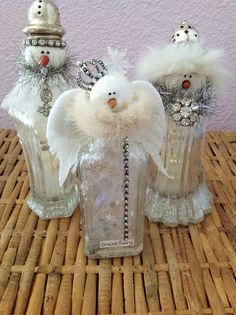 Snowman Angels & Snow Fairy made from old salt & pepper shakers and bottles. ~ Made by Catherine Roberts for Glitterfest a twice-a-year craft event (Spring & Fall) in Fullerton, CA. Christmas Snowman, Rustic Christmas, Vintage Christmas, Christmas Holidays, Christmas Ornaments, Snowman Crafts, Christmas Projects, Holiday Crafts, Christmas Ideas