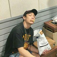 He looks hot thO😔😔💖💖💖 K Pop, Bobby, Ikon Member, K Drama, Kim Jinhwan, Ikon Debut, Ikon Kpop, Ikon Wallpaper, Boyfriend Pictures