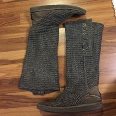 Uggs Grey knitted Uggs with buttons UGG Shoes Winter & Rain Boots
