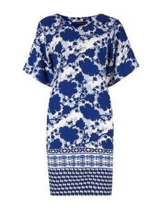 Buy the Floral Tunic Dress from Marks and Spencer's range. Wide Fit Shoes, Dress Outfits, Fashion Outfits, Holiday Dresses, Smart Casual, Floral Prints, Clothes For Women, Floral Tunic, Shopping