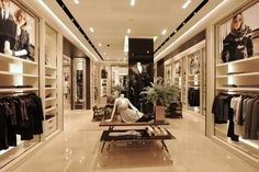 Luxury boutique магазины бутики дизайн магазина, бутик и интерьер магазина. Boutique Interior, Boutique Design, Design Shop, Kiosk Design, Shop Front Design, Design Blogs, Shop Interior Design, Design Ideas, Design Design