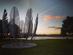 Discover 'Kindred Spirits' Sculpture in Cork, Ireland: A tribute to the incredible generosity the Choctaw Nation showed the Irish people during the Great Famine. Native American Heritage Month, Native American Tribes, American Indians, Native Americans, Irish American, American History, Choctaw Nation, Irish Famine, Trail Of Tears