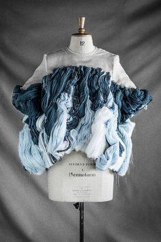 New fashion design portfolio university 21 Ideas Fashion Fabric, Fashion Art, High Fashion, Fashion Show, Womens Fashion, Fashion Trends, Fashion Textiles, Style Fashion, Diy Vetement