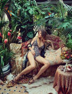 "Fashion on the Couch: Editorial Vogue UK May 2014 ""Bohemian Rhapsody"" Feat Natasa Vojnovic By Sofia Sanchez & Mauro Mongiello Vogue Uk, Bohemian House, Bohemian Beach, Bohemian Style, Beach Editorial, Editorial Photography, Fashion Photography, Photography Women, Fashion Shoot"