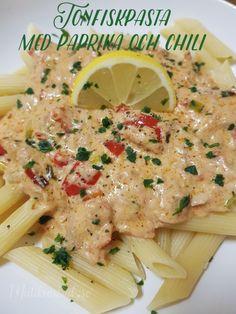 Tonfiskpasta med paprika och chili – Mat i kvadrat Fish Recipes, Snack Recipes, Caesar Pasta Salads, I Want To Eat, Risotto, Food And Drink, Favorite Recipes, Lunch, Dinner