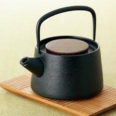 南部鉄の急須- iron tea pot