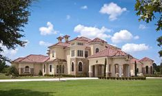 Mediterranean Style Homes, Mediterranean Architecture, Tuscan Design, Tuscan Style, Home Luxury, Luxury Homes, Custom Home Designs, Custom Homes, Dream House Plans