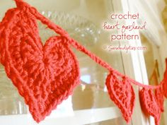 Crocheted Heart Garland Pattern