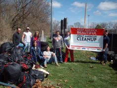 Keep Clark County Beautiful is helping the National Trail Parks and Recreation District in Springfield, Ohio, to build an educational nature trail for urban youth to learn about local wildlife, and this weekend, they completed the first leg of the trail! Volunteers cleared 38 bags of litter, 20 dumped tires, and hundreds of pounds of dumped plywood while cutting through brush, removing vines and honeysuckle, and preparing the brand new trail for its signage.