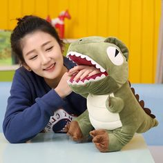45.00$  Watch here - http://alidqv.worldwells.pw/go.php?t=32770633324 - Fancytrader Stuffed Warm Hands Dinosaur Plush Toys Simulated Anime Dinosaur Doll for Kids Gifts Real Pictures