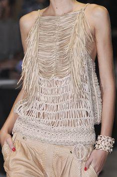 Gucci Spring 2011 - Details
