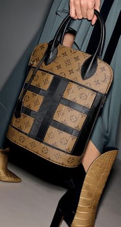 @Luxurydesigners⭐️ — Louis Vuitton New fashion and bags 2017/2108 ...