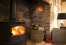 Would love this fire place Little Cote - The Grove Cottages® Open Fireplace, Diy Fireplace, English Country Style, Open Fires, Wood Burner, Cozy Corner, Romantic Getaways, Home And Garden, Lounge