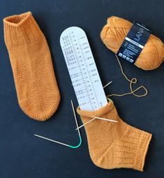 Ard Buffet, Christmas Stockings, Knitting, Holiday Decor, Needlepoint Christmas Stockings, Tricot, Breien, Stricken, Weaving
