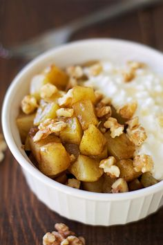 Healthy Warm Cinnamon Apple Mess