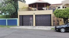 PORTONES ELECTRICOS – Instalacion,Mantenimiento y reparación Garage Doors, Outdoor Decor, Home Decor, Verandas, Apartments, Preventive Maintenance, Houses, Decoration Home, Room Decor