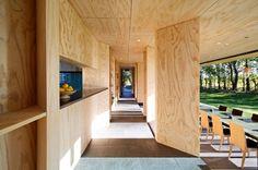 1000 images about plywood wonders on pinterest plywood - Maison cloudy bay shack par tonkin zulaikha greer ...