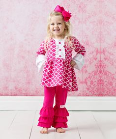Look at this FlowerSak Hot Pink & White Quatrefoil Top Set - Infant & Girls on #zulily today!