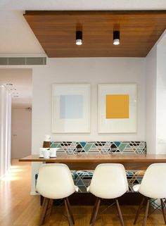 Geo print banquette with floating table and white tripod chairs. Australian interior design firm Wrightson Stewart (formerly Phorm Interiors) Australian Interior Design, Commercial Interior Design, Commercial Interiors, Modern Interior Design, Interior Design Kitchen, American Interior, Contemporary Interior, Modern Art, Dining Nook