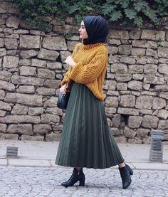 Hijab # to # School man # school # to # School ist - Pintogopin Top Mode 2019 Casual Hijab Outfit, Hijab Chic, Hijab Dress, Ootd Hijab, Muslim Fashion, Modest Fashion, Hijab Fashion, Fashion Dresses, Modest Dresses