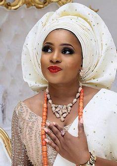 Aso Oke Gélé headwrap turban attaché foulard Lovely >> http://www.dezangozone.com/