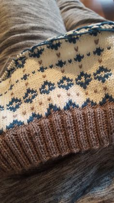 Knitting Ravelry: Noragenseren by Pia Marlene Øye Amundsen Boys Knitting Patterns Free, Fair Isle Knitting Patterns, Knitting Stiches, Basic Crochet Stitches, Knitting Charts, Knit Patterns, Motif Fair Isle, Ravelry, Sock Yarn