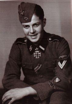 "Le ""SS-Sturmmann"" Gerardus Leonardus Mooyman, Geschützführer de la  14./SS-Freiwilligen-Legion ""Nederland"""