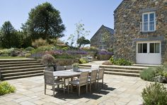 acres wild design / guernsey garden