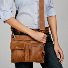 Village Bag in Vintage Tribe Leather   Roots Original Flat Bags   Roots