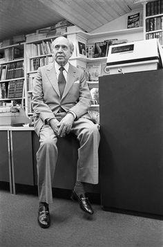 Arturo Uslar Pietri,escritor Venezolano, foto  Vasco Szinetar.