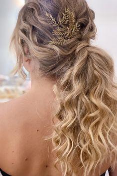 Ponytail Hairstyles, Bride Hairstyles, Textured Hair, Long Hair Styles, Hair Wedding, Beauty, Brides, Ponytail Styles, Wedding Hairstyles