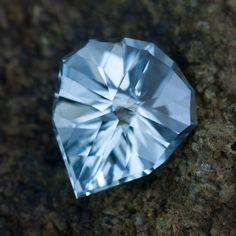 Chevalier in Nigerian Aquamarine • 3.50 carats • Jeffrey Hunt • http://jeffreyhunt.com
