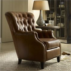 Hooker Furniture Seven Seas Tufted Leather Club Chair in Aegis Glove & Hooker Furniture Seven Seas Leather Recliner Chair in Inscription ... islam-shia.org