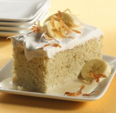Classic tres leches cake gets a bananas new twist, and we can't get enough. With more than 150 five-star ratings, it's safe to say that this cake will be a winner at your next party, potluck or get-to Yummy Treats, Delicious Desserts, Sweet Treats, Cake Cookies, Cupcake Cakes, Cupcakes, Baking Recipes, Cake Recipes, Desserts Menu