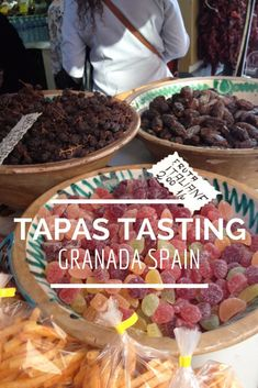 Tapas Tasting in Granada Spain. A fun thing to do when you're in Granada. Andalucia Spain, Granada Spain, Ibiza, All About Spain, Spain Travel Guide, Spain And Portugal, International Recipes, Foodie Travel, Places To Eat
