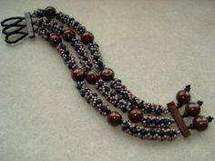 right angle weave bracelet | RIGHT-ANGLE WEAVE BRACELET