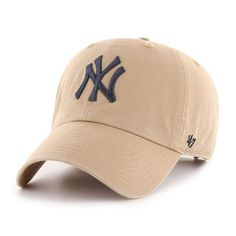 New York Yankees '47 CLEAN UP | '47 – Sports lifestyle brand | Licensed NFL, MLB, NBA, NHL, MLS, USSF & over 900 colleges. Hats and apparel. Khakis Outfit, Yankees Hat, Yankees Logo, Spanx Faux Leather Leggings, Outfits With Hats, Cap Outfits, Casual Outfits, Dad Caps, Cotton Twill Fabric