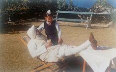 Charan Singh Grewal with his nephew Gurinder Singh Dhillon as a young boy Radha Soami, Desktop Wallpapers, Young Boys, Hinduism, Beautiful Roses, Dubai, Saints, Motivational, Photographs