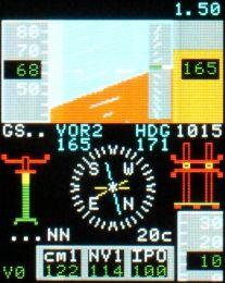 MFD mit künstlichem Horizont und Kompass der Agusta AW139. Diese Software wird in Zukunft mit einem echten GPS verbunden werden können. Dann stellt die Software reale Daten dar.