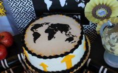 around the world cake -from a Graduation Party Sweet 16 Parties, Grad Parties, Farewell Cake, Yummy Treats, Sweet Treats, Bon Voyage Party, Goodbye Party, Graduation Party Planning, Farewell Parties