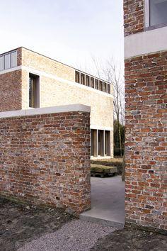 http://hicarquitectura.com/2017/06/raamwerk-van-gelder-tilleman-house-workshop-for-a-sculptor/?utm_source=dlvr.it&utm_medium=facebook