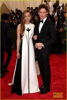 Eddie Redmayne & Wife Hannah Bagshawe Are One Stylish Couple at Met Gala 2015