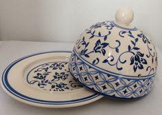 linda queijeira feita em cerâmica e pintada a m]ao. 100% artesanal