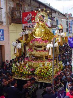 BOLIVIA - Nuestra senora de la candelaria de copacabana patrona de bolivia | FIESTA EN HONOR A LA VIRGEN DE CANDELARIA