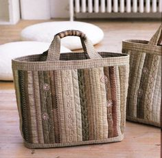 Subtle beauty. No pattern. Ideas for patchwork handbags .. Discussion on LiveInternet - Russian Service Online Diaries
